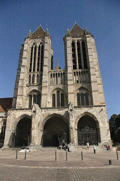 Photo du Monument Historique Ancienne cathédrale (église Notre-Dame) et ses annexes situé à Noyon