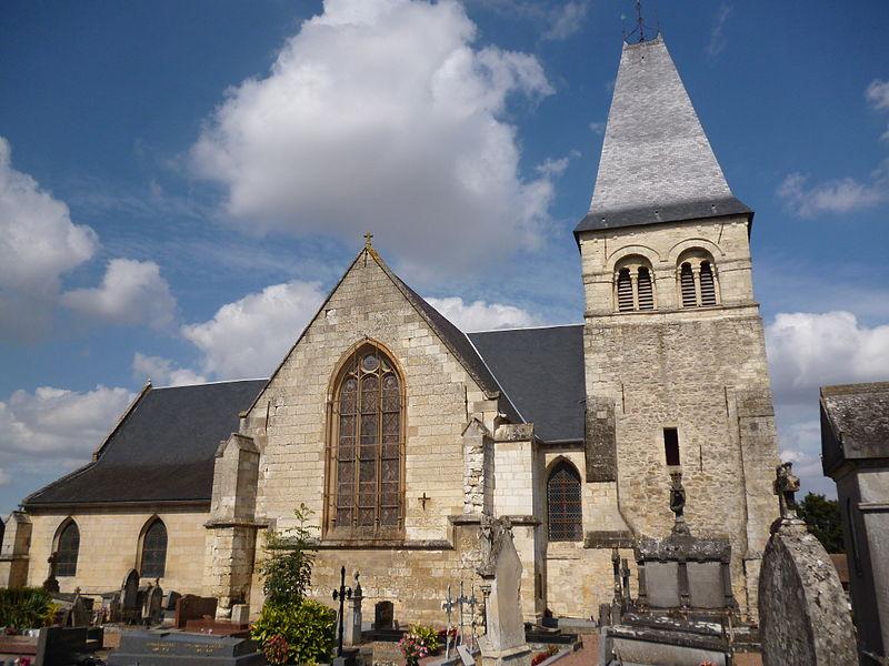 Photo du Monument Historique Eglise et cimetière qui l'entoure situé à Pronleroy