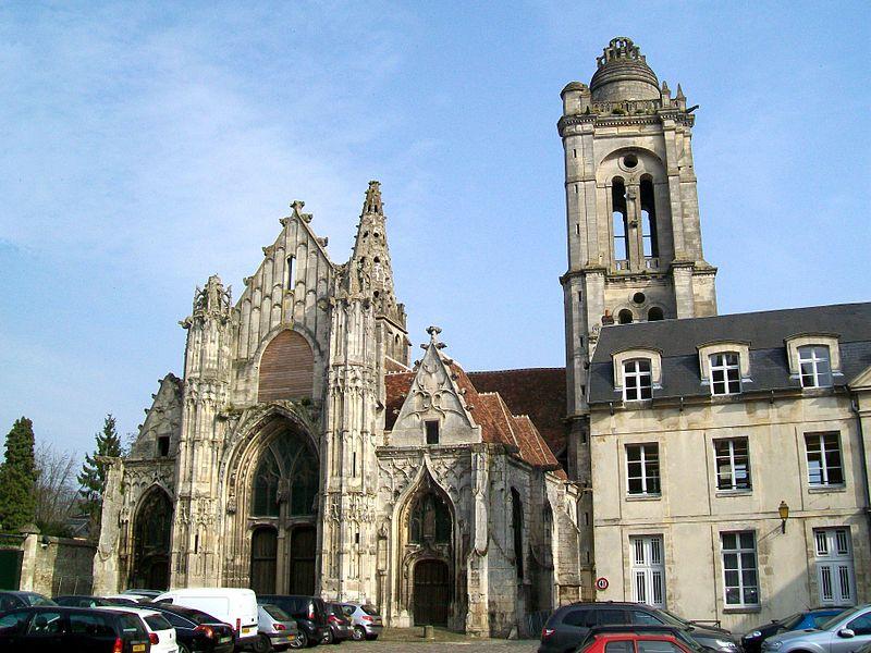 Photo du Monument Historique Eglise Saint-Pierre situé à Senlis