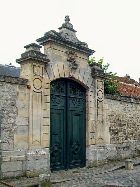 Photo du Monument Historique Immeuble situé à Senlis