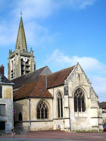 Photo du Monument Historique Eglise situé à Verneuil-en-Halatte