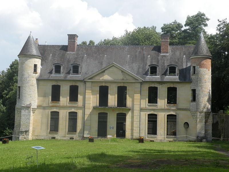Photo du Monument Historique Château de Merlemont situé à Warluis
