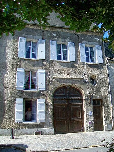 Photo du Monument Historique Hôtel de la Rose situé à Crépy-en-Valois