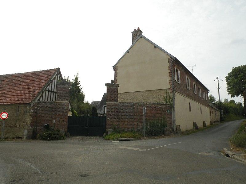 Photo du Monument Historique Ferme situé à Enencourt-Léage