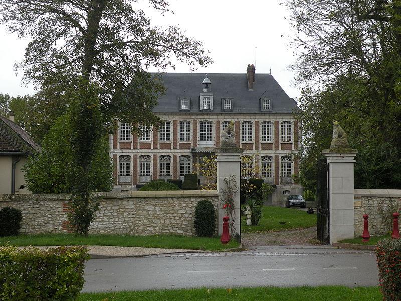 Photo du Monument Historique Château de Flambermont situé à Saint-Martin-le-Noeud
