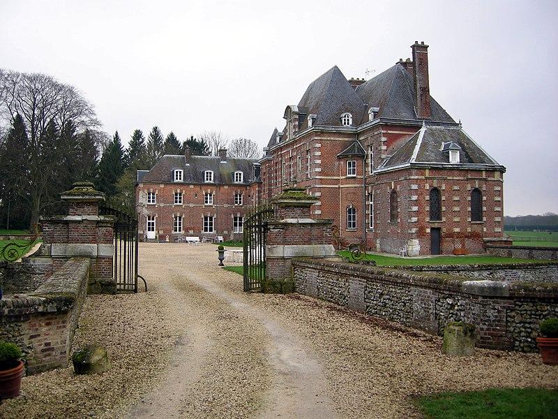 Photo du Monument Historique Château d'Auteuil (également sur commune d'Auteuil) situé à Berneuil-en-Bray
