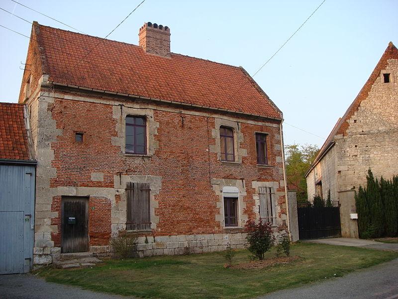 Photo du Monument Historique Maison dite  du Chapitre , ancien presbytère situé à Croissy-sur-Celle