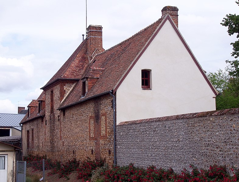 Photo du Monument Historique Ancien relais de poste situé à L'Aigle