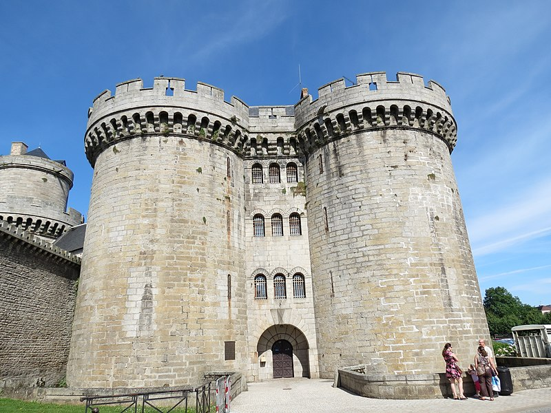 Photo du Monument Historique Ancien château situé à Alençon