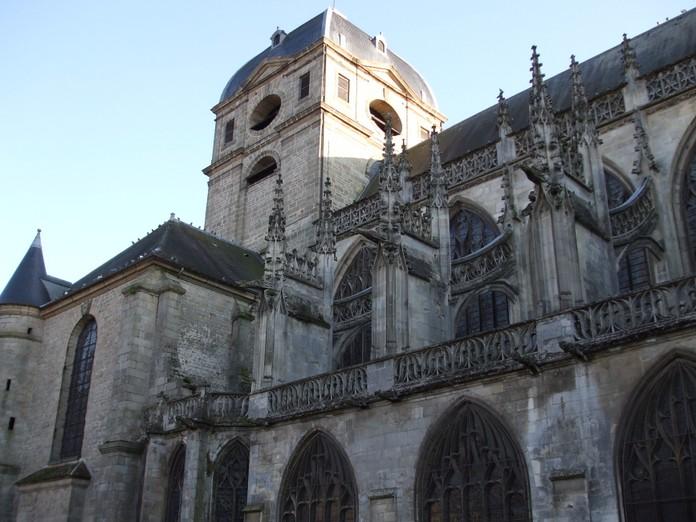 Photo du Monument Historique Eglise Notre-Dame situé à Alençon