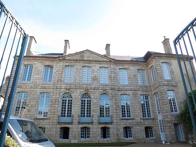 Photo du Monument Historique Hôtel Libert situé à Alençon