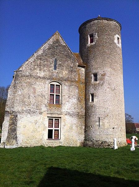 Photo du Monument Historique Ancien manoir dit Tour aux Anglais situé à Aunou-le-Faucon