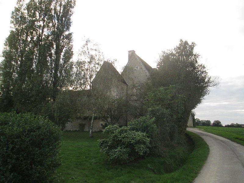 Photo du Monument Historique Manoir du Grand-Saint-Quentin situé à Berd'huis