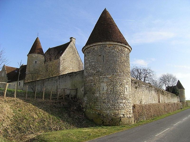 Photo du Monument Historique Manoir de la Moussetière situé à Boissy-Maugis