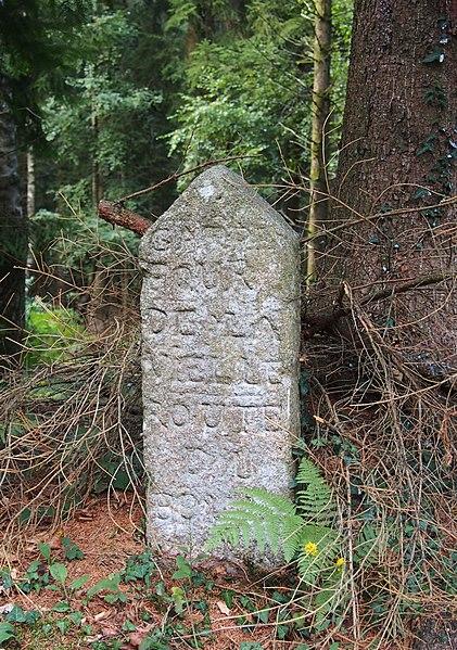 Photo du Monument Historique 80 bornes de la forêt d'Ecouves (également sur communes de La Chapelle-près-Sées, La Ferrière-Béchet, Fontenai-les-Louvets, La Lande-de-Goult, Radon, Rouperroux, Saint-Didier-sous-Ecouves, Saint-Gervais-du-Perron, Saint-Nicolas-des-Bois, Tanville et Vingt situé à Le Bouillon
