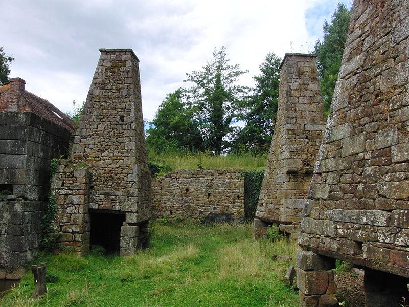 Photo du Monument Historique Forges de Varennes situé à Champsecret