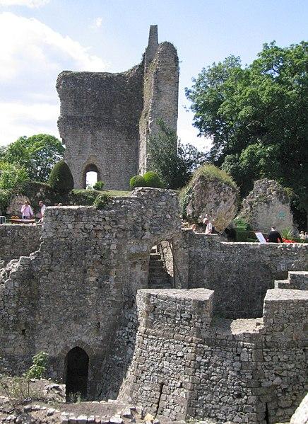 Photo du Monument Historique Château situé à Domfront