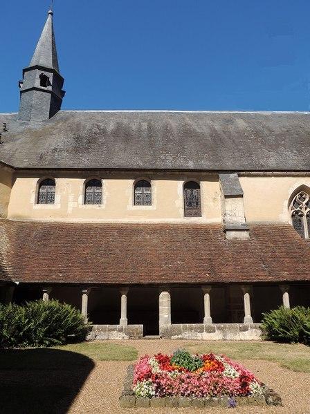 Photo du Monument Historique Ancien couvent des Clarisses de Saint-François situé à Mortagne-au-Perche