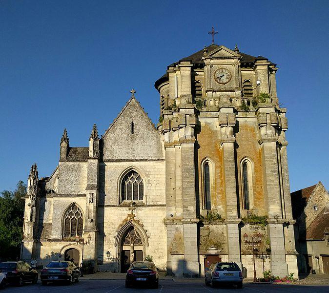 Photo du Monument Historique Eglise Notre-Dame situé à Mortagne-au-Perche
