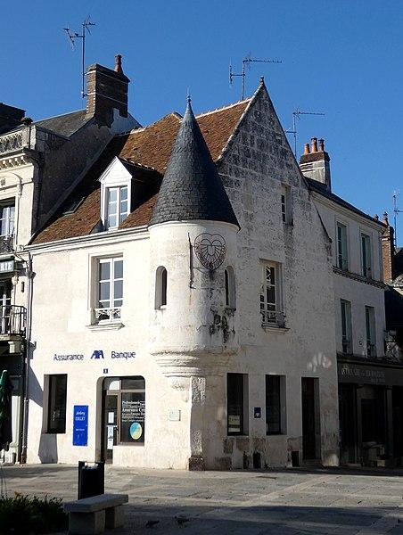 Photo du Monument Historique Maison à tourelle situé à Mortagne-au-Perche