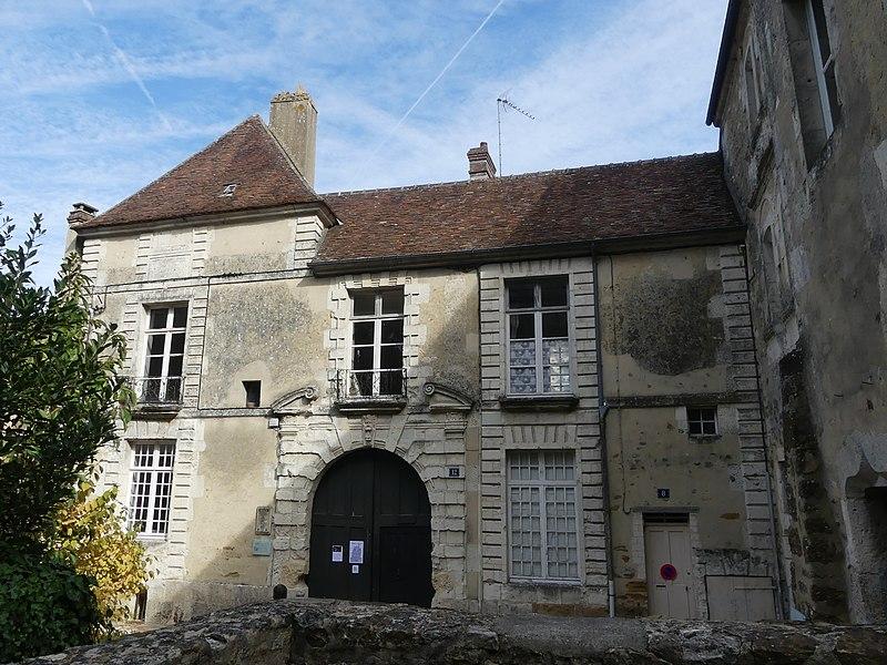 Photo du Monument Historique Maison dite maison des comtes du Perche situé à Mortagne-au-Perche
