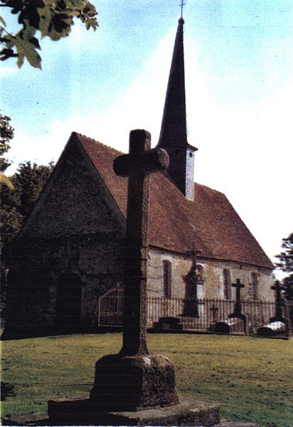 Photo du Monument Historique Ancienne église Saint-Pierre Saint-Jean et Saint-Paterne de Montrond situé à Neuville-près-Sées
