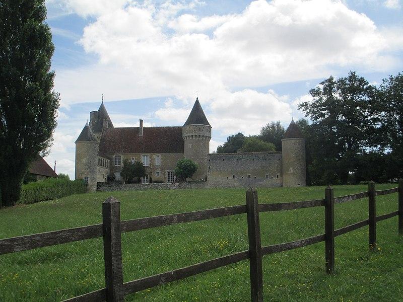 Photo du Monument Historique Manoir de Langenardiere situé à Saint-Cyr-la-Rosière