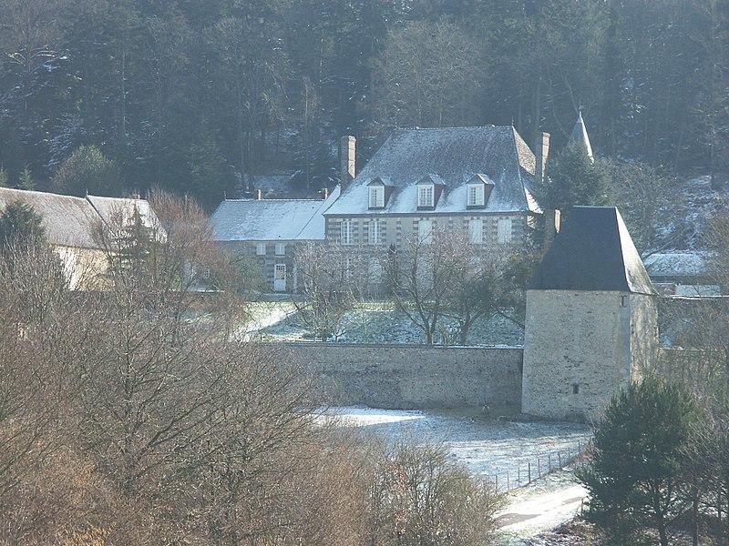 Photo du Monument Historique Manoir de Bellegarde situé à Tourouvre