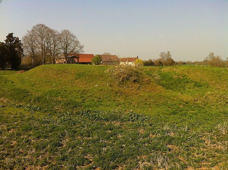Photo du Monument Historique Motte castrale situé à Bailleul