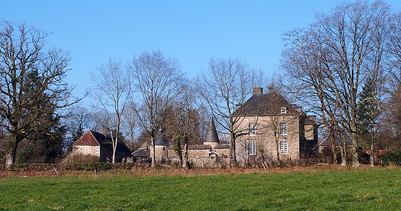 Photo du Monument Historique Manoir de la Guyardière situé à Haute-Chapelle (La)