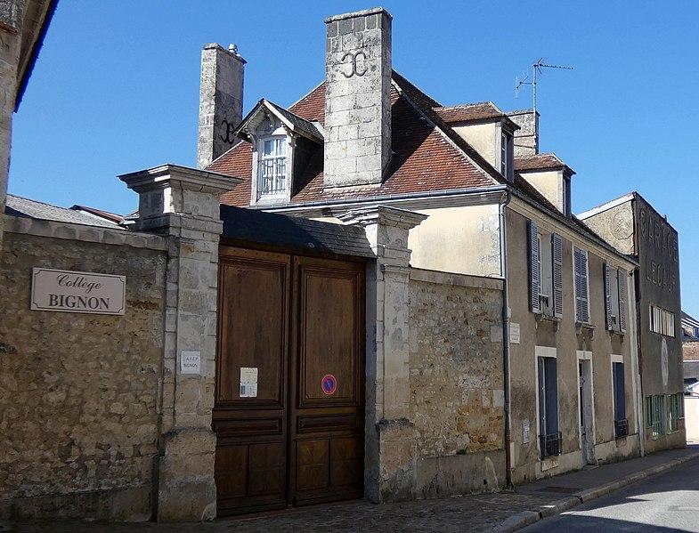 Photo du Monument Historique Maison natale du philosophe Alain situé à Mortagne-au-Perche
