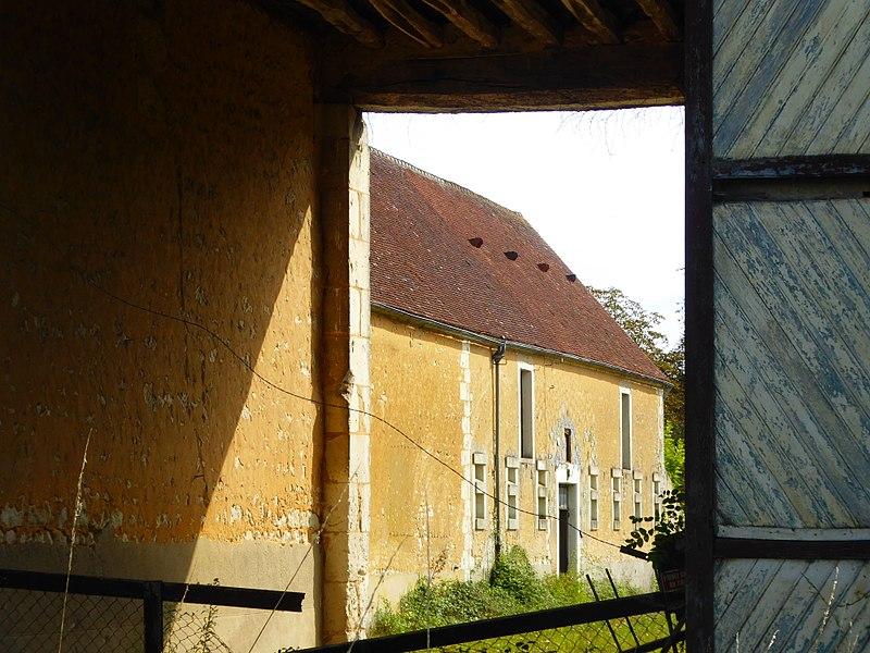 Photo du Monument Historique Ferme Neuve situé à Dorceau