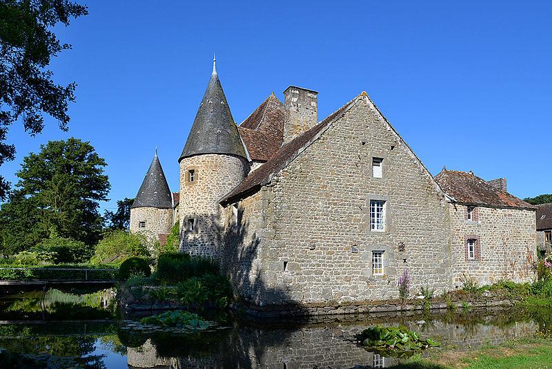 Photo du Monument Historique Manoir de la Cour situé à Sainte-Croix-sur-Orne