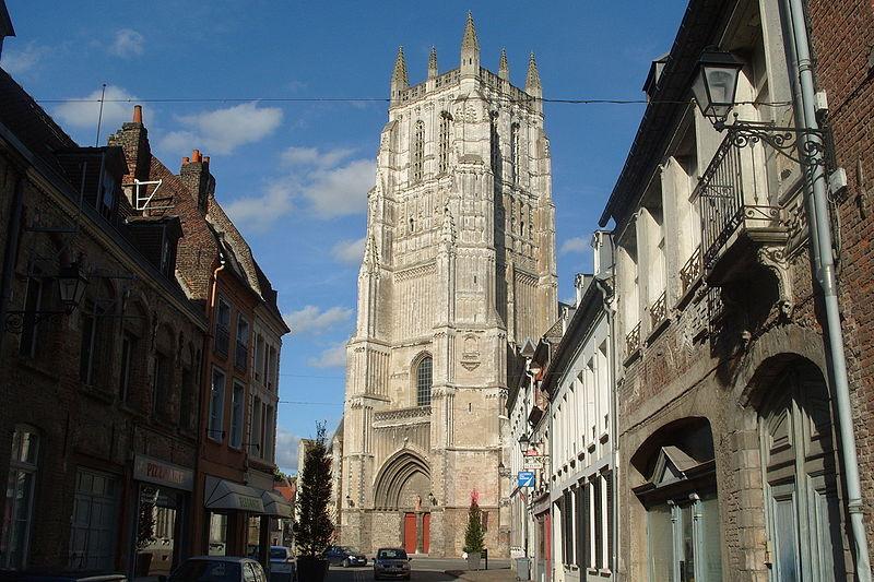 Photo du Monument Historique Eglise Saint-Pierre situé à Aire-sur-la-Lys