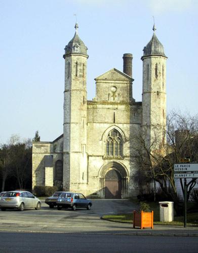 Photo du Monument Historique Eglise situé à Auchy-lès-Hesdin
