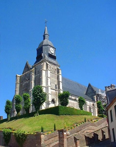Photo du Monument Historique Eglise Saint-Martin situé à Auxi-le-Château