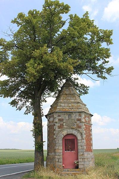 Photo du Monument Historique Chapelle votive Notre-Dame-de-Pitié situé à Etrun