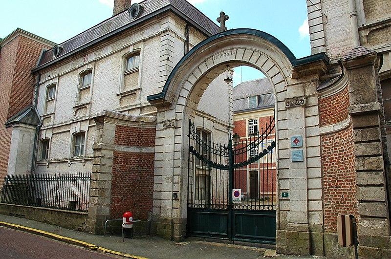 Photo du Monument Historique Ancien hospice Saint-Jean, puis collège des Jésuites situé à Hesdin