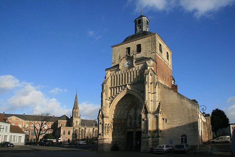 Photo du Monument Historique Eglise Saint-Saulve situé à Montreuil