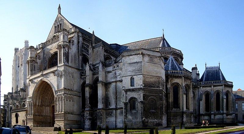 Photo du Monument Historique Collégiale, puis cathédrale Notre-Dame, actuellement église paroissiale Notre-Dame situé à Saint-Omer