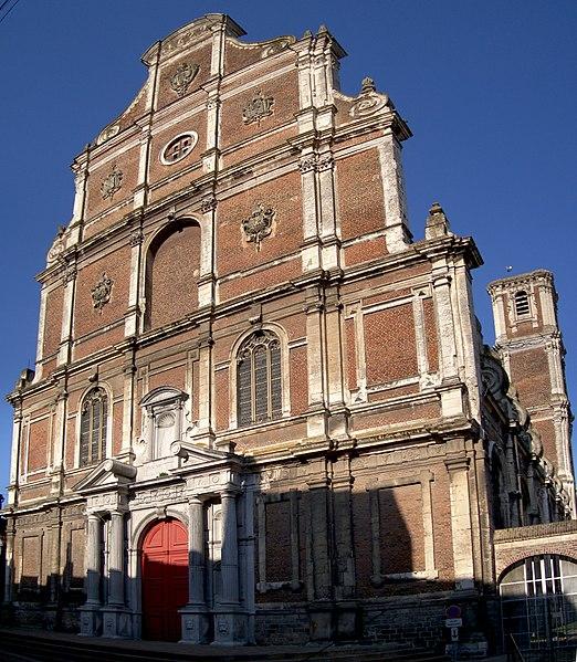 Photo du Monument Historique Ancien collège des Jésuites Wallons, actuellement lycée Alexandre-Ribot situé à Saint-Omer