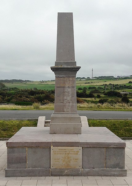 Photo du Monument Historique Monument de la Légion d'Honneur dit Pierre Napoléon situé à Wimereux