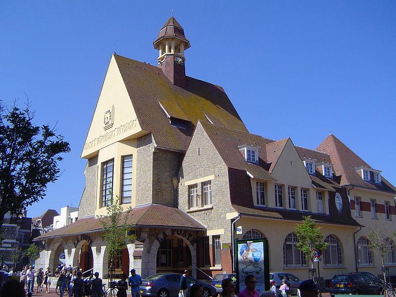Photo du Monument Historique Hôtel des Postes situé à Touquet-Paris-Plage (Le)