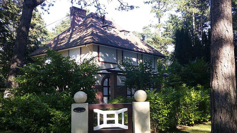 Photo du Monument Historique Villa Sous les Pins, anciennement dénommée Gigi situé à Le Touquet-Paris-Plage