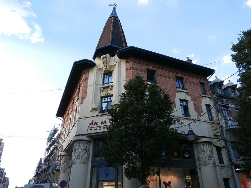 Photo du Monument Historique Ancienne librairie Fournier situé à Béthune