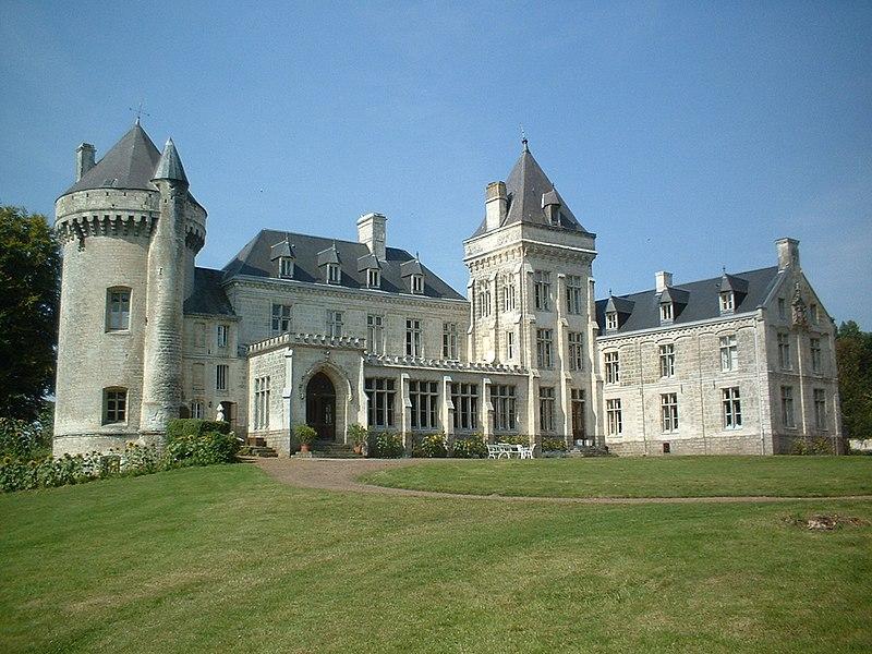 Photo du Monument Historique Château de Villers-Châtel situé à Villers-Châtel