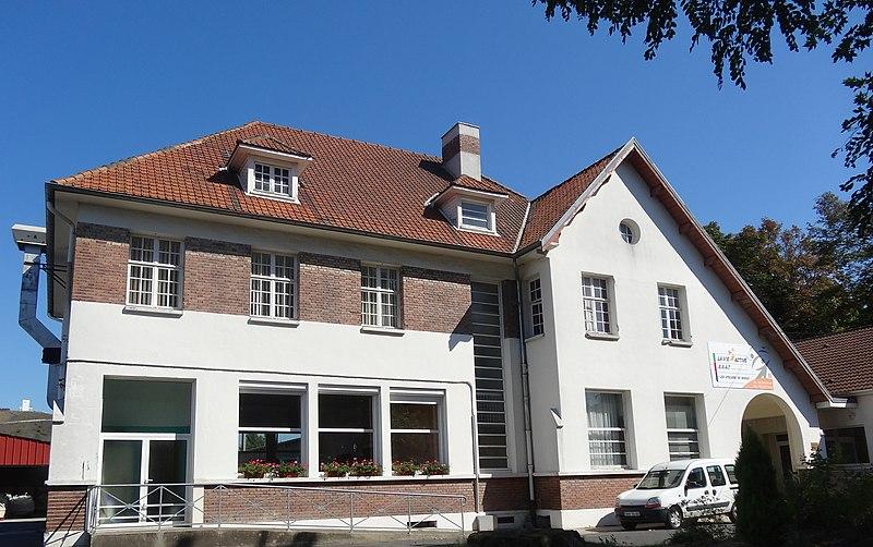 Photo du Monument Historique Ancienne coopérative des ouvriers mineurs de la Compagnie des Mines de Vicoigne-Noeux-Drocourt situé à Noeux-les-Mines
