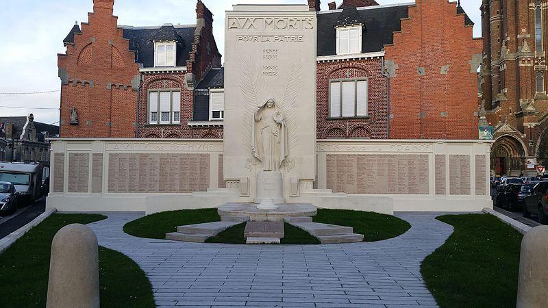 Photo du Monument Historique Monument aux morts situé à Béthune