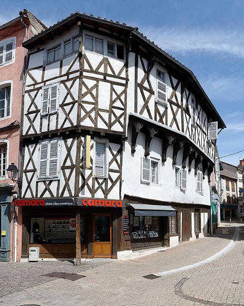 Photo du Monument Historique Maison du 15e siècle situé à Ambert