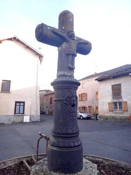 Photo du Monument Historique Croix de chemin du 16e siècle situé à Arlanc